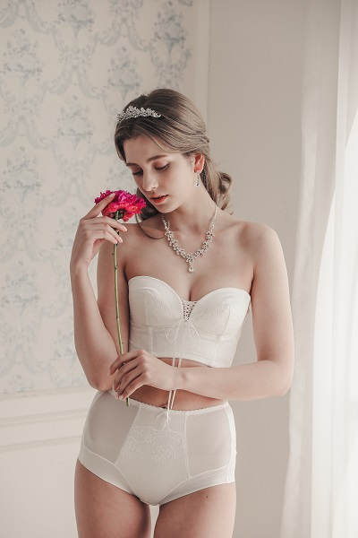 [2020 한국소비자만족지수 1위] 웨딩드레스 전용 속옷 브랜드, 소네트브라이드