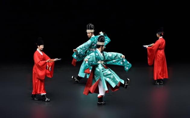 192년 전 조선 궁궐에서 펼쳐진 '생일 잔치'는 어땠을까