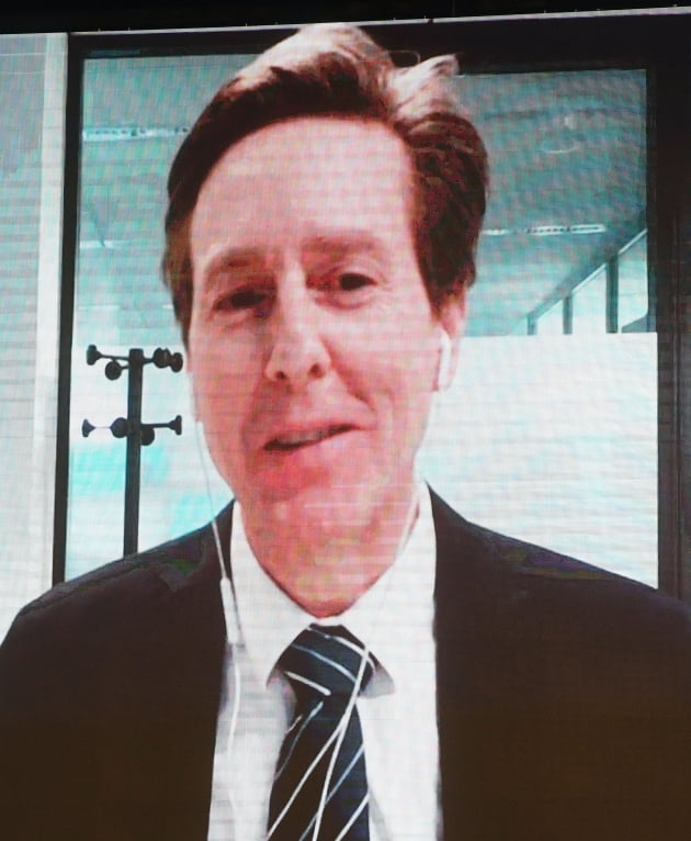 12일 오후 서울 광진구 그랜드워커힐 호텔에서 열린 '글로벌인재포럼 2020' 둘째날 B-4세션에서 앤드루 벨 OECD 인적역량센터 센터장/김범준기자 bjk07@hankyung.com