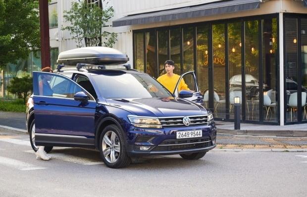 폭스바겐 2020년형 티구안은 지난 10월 총 1089대가 팔리며 수입차 월간 베스트셀링 모델에 등극했다. 사진=폭스바겐코리아