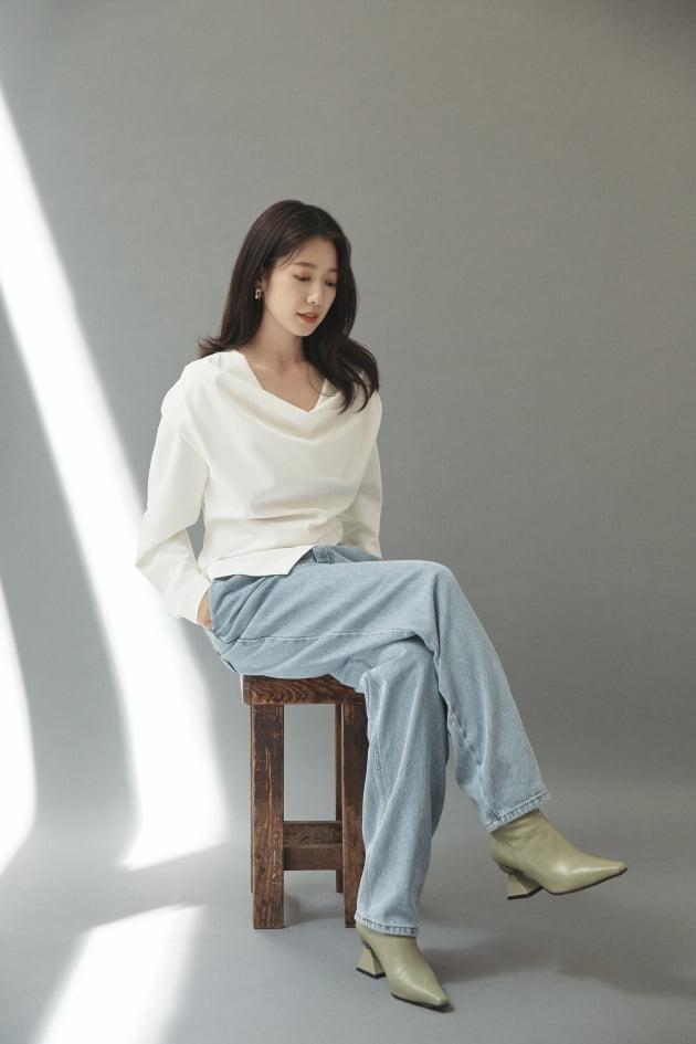 영화 '콜'로 돌아온 배우 박신혜 /사진=넷플릭스