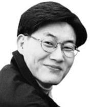 [고두현의 문화살롱] '워낭소리' 작가의 출가·환속·자영업 분투기