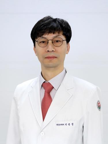 """""""결핵 예방 기여"""" 전남대병원 기승정 교수 보건복지부장관상"""