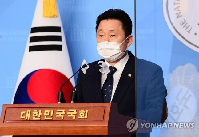 """서울·부산시장 후보 내는 與 """"피해여성·시민에 사과"""""""