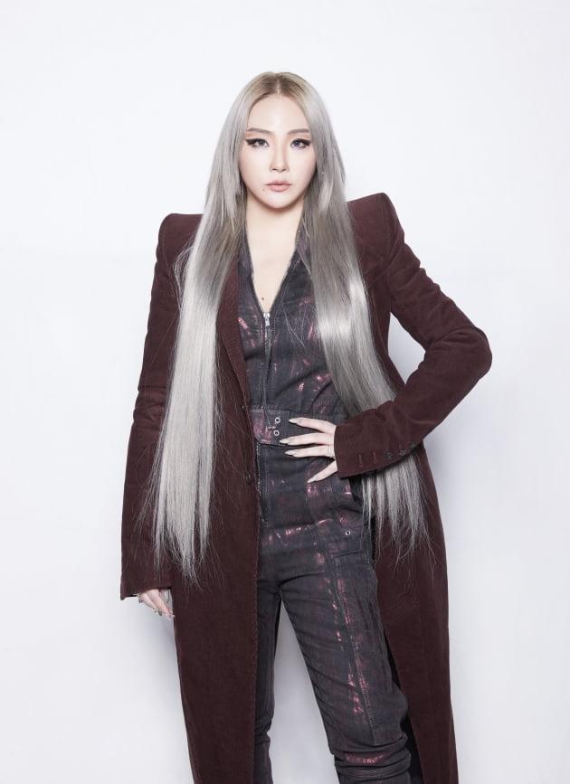 가수 CL(씨엘)