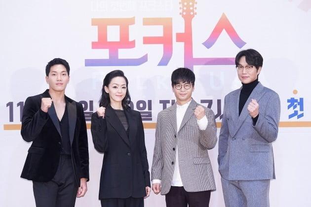 '포커스' 심사위원 김필(왼쪽부터), 김윤아, 박학기, 성시경/ 사진=Mnet 제공