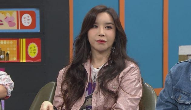 '비디오스타' 출연한 하리수/ 사진=MBC에브리원 제공