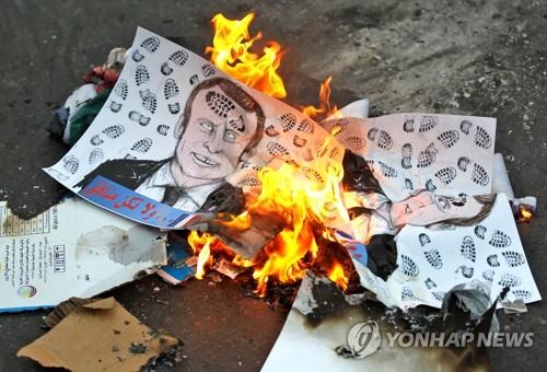 """""""마크롱, 이슬람 국가에 특사파견 검토""""…관계 개선 시동(종합)"""