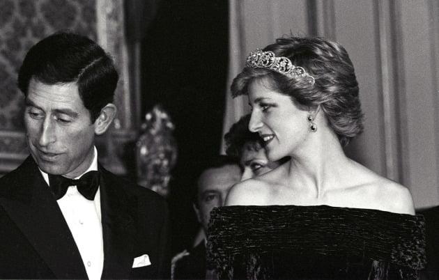 다이애나비는 1981년 20살에 나이에 영국 왕위 상속권자였던 찰스 왕세자와의 결혼으로 세계의 주목을 받았다. 사진=REUTERS