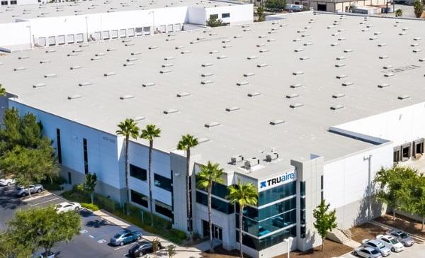 미국 내 한인기업 트루에어가 세운 샌프란시스코 산타페 스프링스의 본사 및 물류창고 모습. 트루에어 홈페이지 캡처