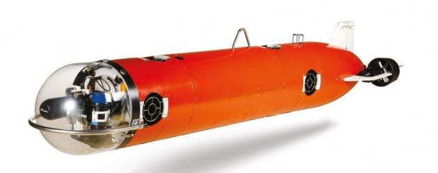 국내 기술로 개발한 '무인 기뢰처리기' 해군 전력화 완료