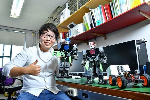 [2020 인덕대 스타트업 CEO] 로봇 아이디어 제안부터 시제품 제작까지 직접하는 창업동아리, 마이크로로봇