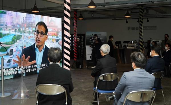 [현장이슈] 서울창업허브 '스타트업 아우토반 엑스포데이' 현장… 1위 팀은 독일 '다임러'와 협업 기회