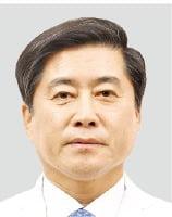 이성구 대구의사회장, 정부·의료진 공동대응 틀 마련…대구·경북 코로나 대유행 막아