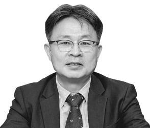 """이병헌 중소기업연구원장 """"블록체인 분야 스타트업 적극 육성해야"""""""