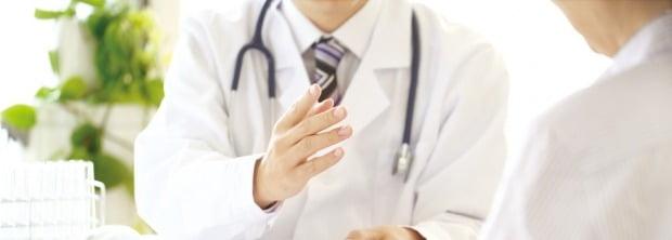 담배 끊고, 만보 걸으니 보험료가 '뚝'…보험상품이 건강까지 챙겨주네