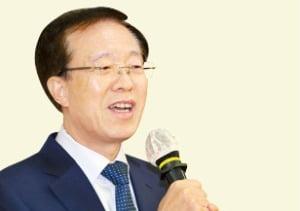 """이석연 前 법제처장 """"징벌적 종부세, 자유경제 근간 훼손"""""""