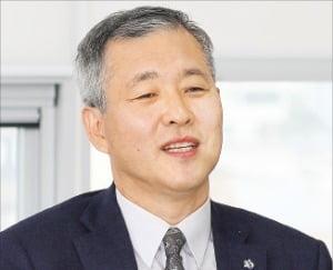 """신상용 한국관광공사 관광산업본부장 """"관광벤처기업 돕는 샌드박스 역할하겠다"""""""