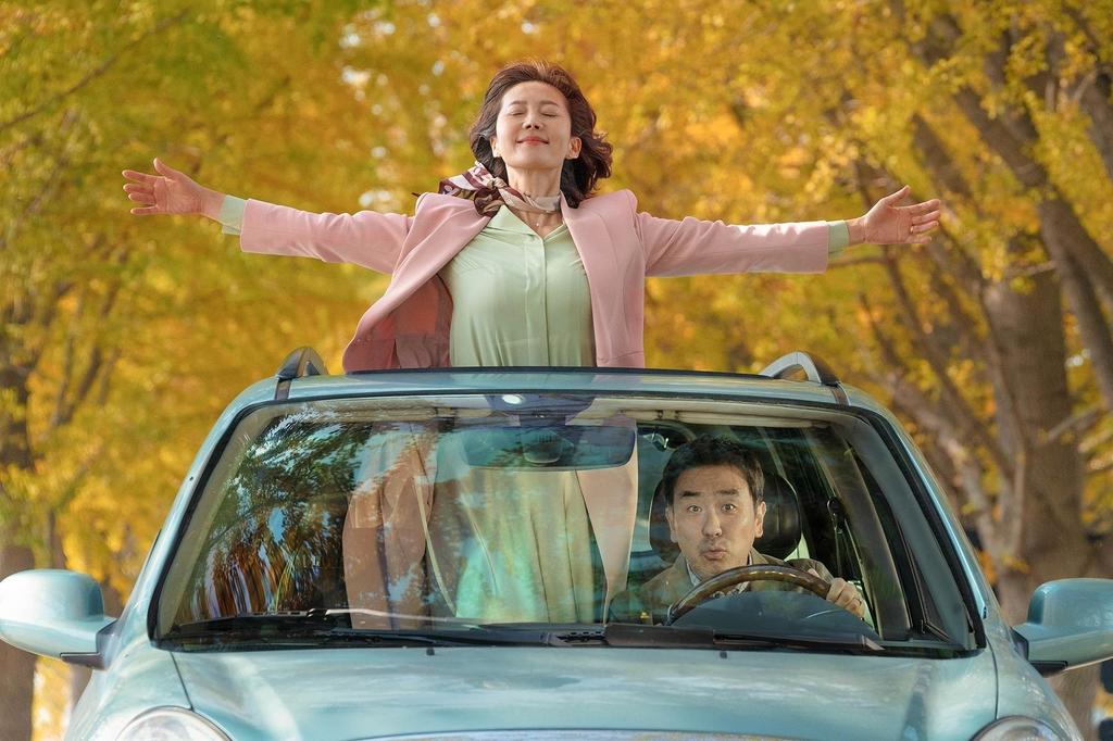 스산한 연말에 따뜻함 전하는 음악 영화들