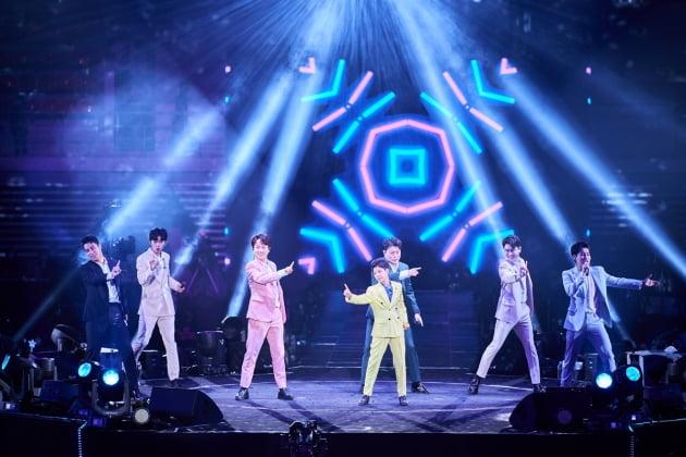 '미스터트롯' 서울 콘서트 무대에 선 탑7./ 사진제공=(주)쇼플레이