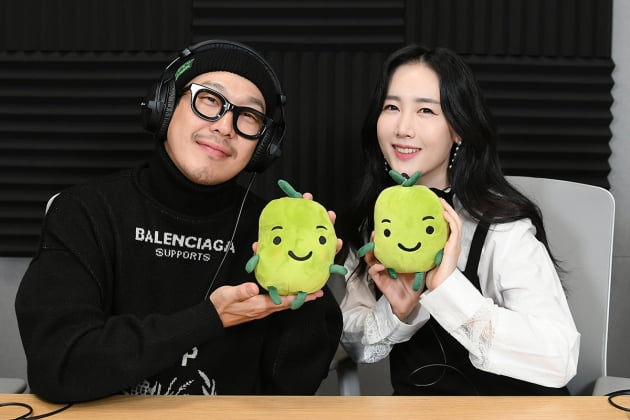 '스타책방'에 참여한 가수 하하(왼쪽)와 별. /이승현 기자 lsh87@