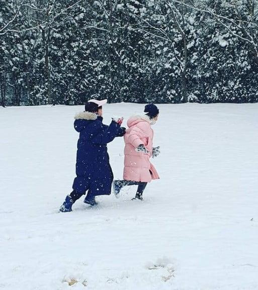 배우 이영애 쌍둥이 남매 / 사진 = 이영애 인스타그램