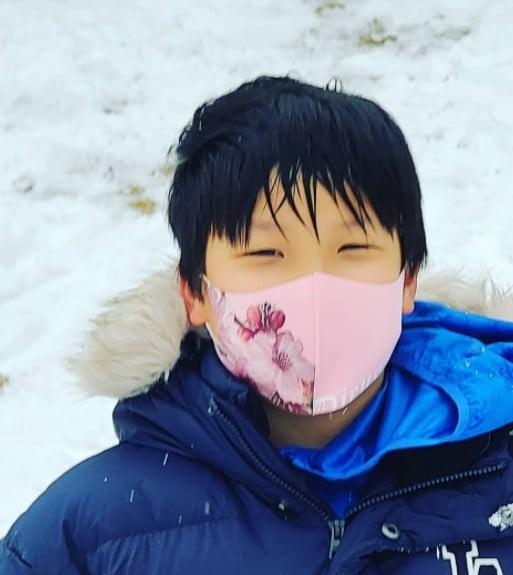 배우 이영애 아들 / 사진 = 이영애 인스타그램