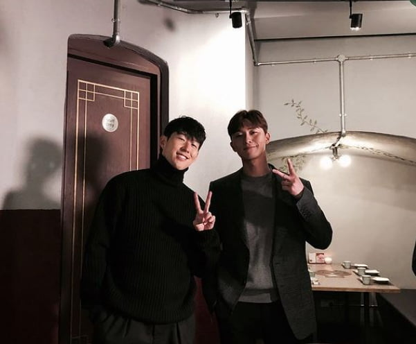 축구선수 손흥민(왼쪽), 배우 박서준/ 사진=손흥민 인스타그램