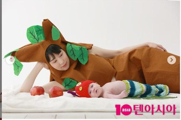 '자발적 미혼모' 사유리, 서양 유전자 물려받은 아기 공개