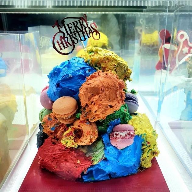 솔비가 만든 케이크가 디자인 표절 논란에 휩싸였다. / 사진=솔비 인스타그램