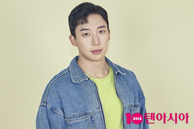 "[TEN 인터뷰] 유키스 훈 ""'귀여운 얼굴, 화난 몸' 표현 마음에 들어요"""