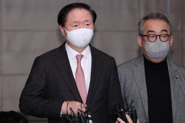우기홍 대한항공 사장이 9일 아시아나항공 인수 결정 발표 후 처음으로 노조와 대면해 노조 달래기에 나섰다. 사진=뉴스1