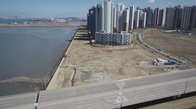 인천 송도국제도시 랜드마크시티 1호 수변공원 예정지. 인천경제청 제공