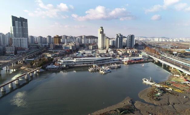 인천 소래포구 전경. 남동구청 제공