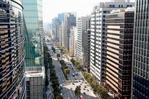 서울 테헤란로의 모습. 신경훈 기자 nicerpeter@hankyung.com