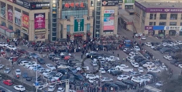 허베이성 정부는 최근 랑팡, 싱타이, 스좌장시를 전격 봉쇄했다. 사진=웨이보