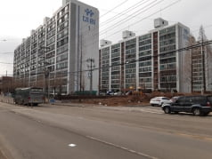 [한경 매물마당] 月 505만원, 마포구 역 출구 앞 베이커리 전문점 등 13건