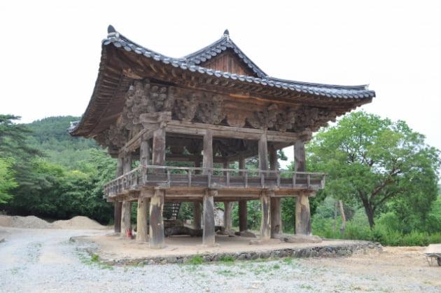 문화재청이 보물로 지정예고한 의성 대곡사 범종루. 문화재청 제공