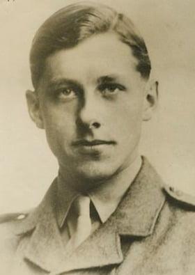 한국전쟁에 참전했다 사망한 테렌스 월터스 영국군 중위. 사진=위키피디아
