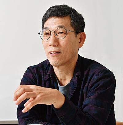 """진중권 """"586, 북한식 전체주의적…전대협처럼 나라 운영"""""""
