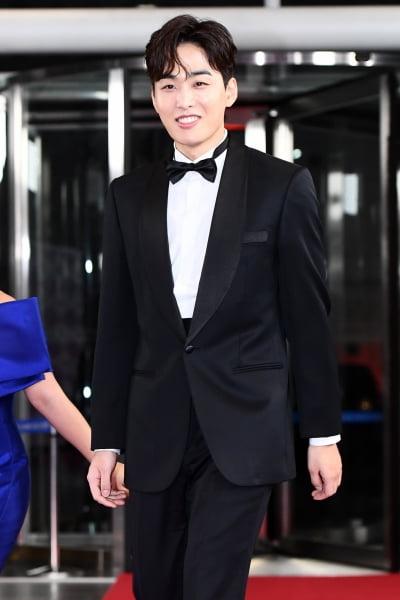 조정식 아나운서 결혼…'미모의 재원' 누구?
