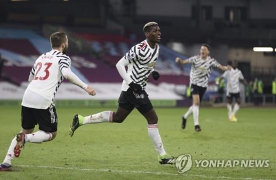 '포그바 결승골' 맨유, 번리 원정 1-0 승...단독 선두 등극
