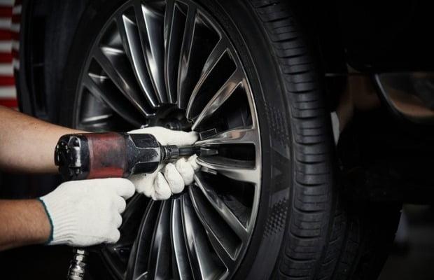 타이어 업계가 완성차 업계에 국산 타이어 사용을 촉구했다. 사진=게티이미지