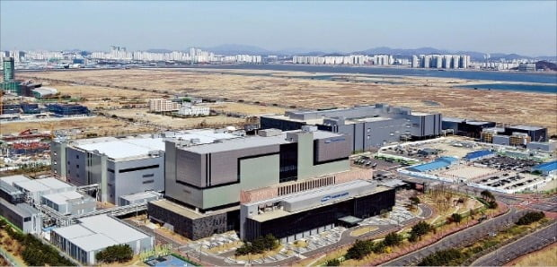 인천 송도국제도시에 있는 삼성바이오로직스 공장.