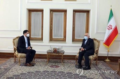 """이란 """"한국이 음식과 약 빼앗아…패자는 한국이 될 것"""""""