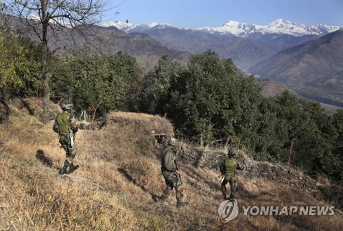 인도군, 파키스탄 국경지대서 잇따라 땅굴 발견