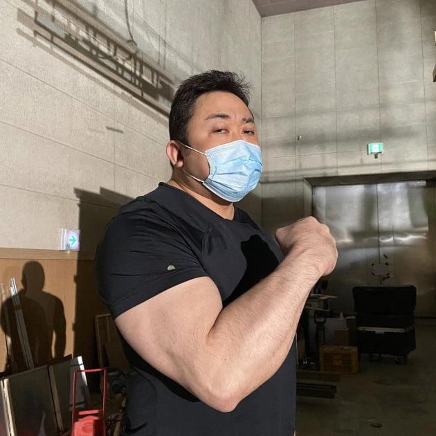 """'범죄도시2 촬영 종료 단계?…마동석 """"잘 마무리하겠다"""" 인증샷"""