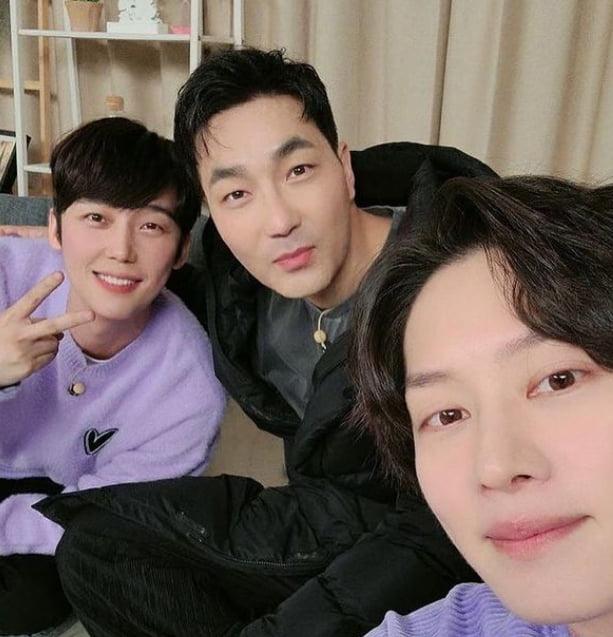 배우 윤종훈(왼쪽부터), 하도권, 김희철/ 사진=인스타그램