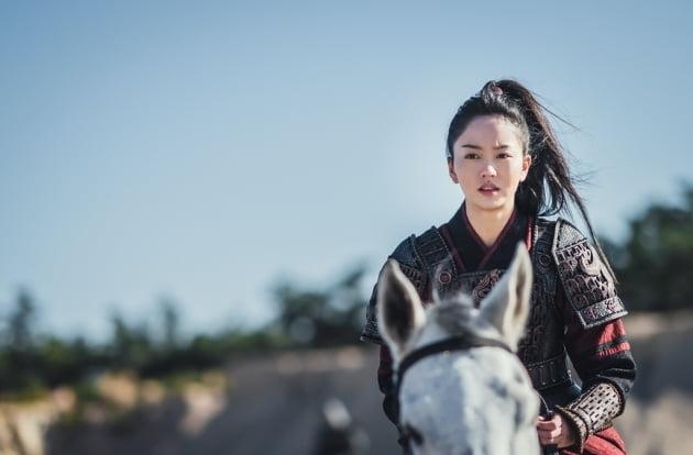 /사진=KBS 2TV 새 월화드라마 '달이 뜨는 강' 스틸