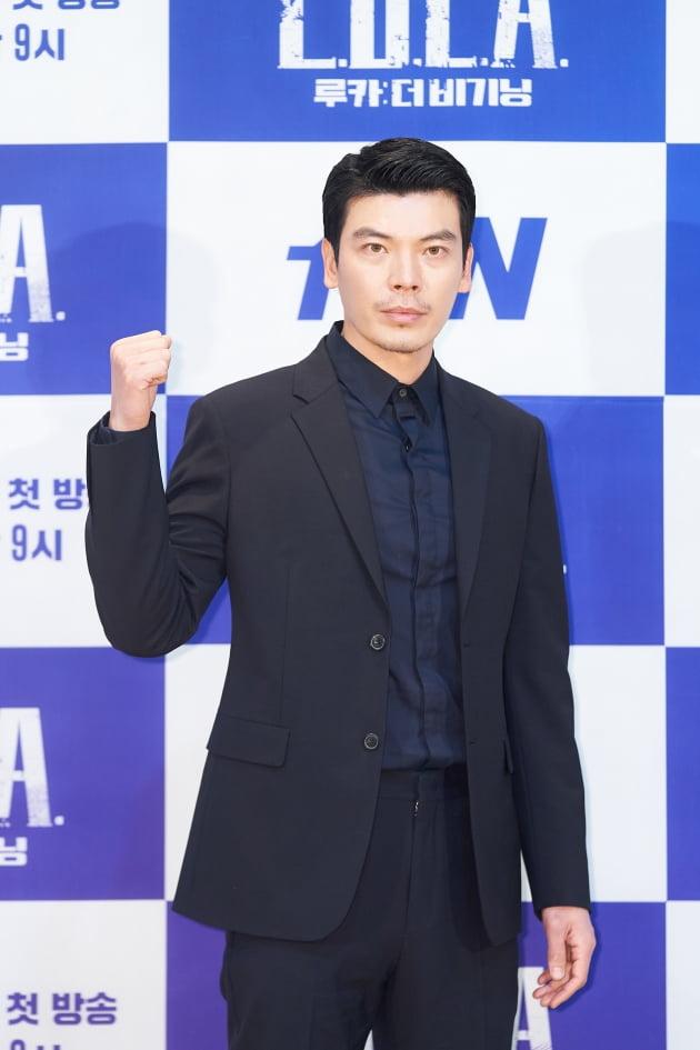 김성오는 '루카: 더 비기닝'에서 짐승 같은 본능으로 지오를 쫓는 남자 이손으로 분한다. /사진제공=tvN
